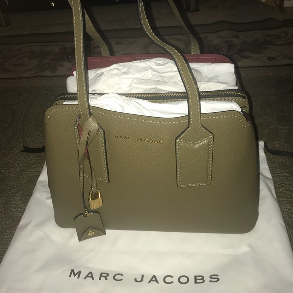 6c647205261c Brand New Marc Jacobs The Editor Tote in Lichen